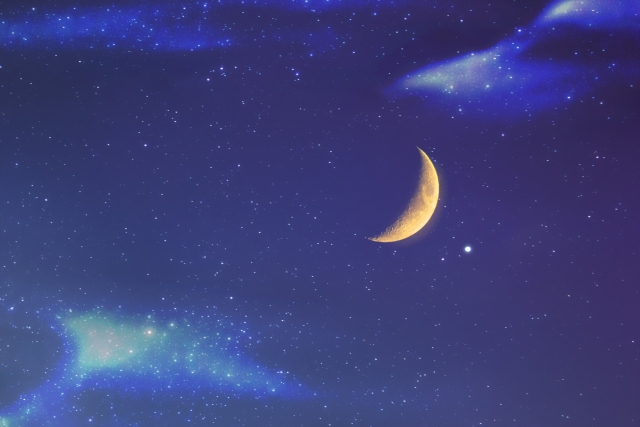 三日月夜空